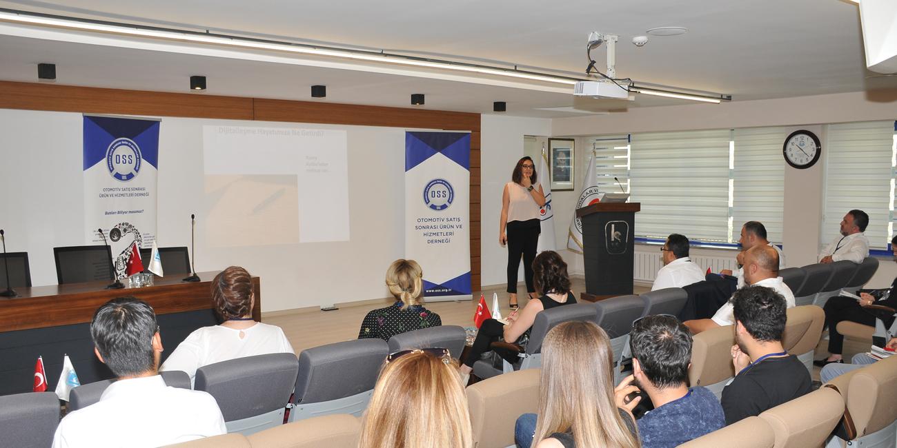 OSS Konya'da Sosyal Medya ve Dijital Pazarlama Eğitimi Düzenledi
