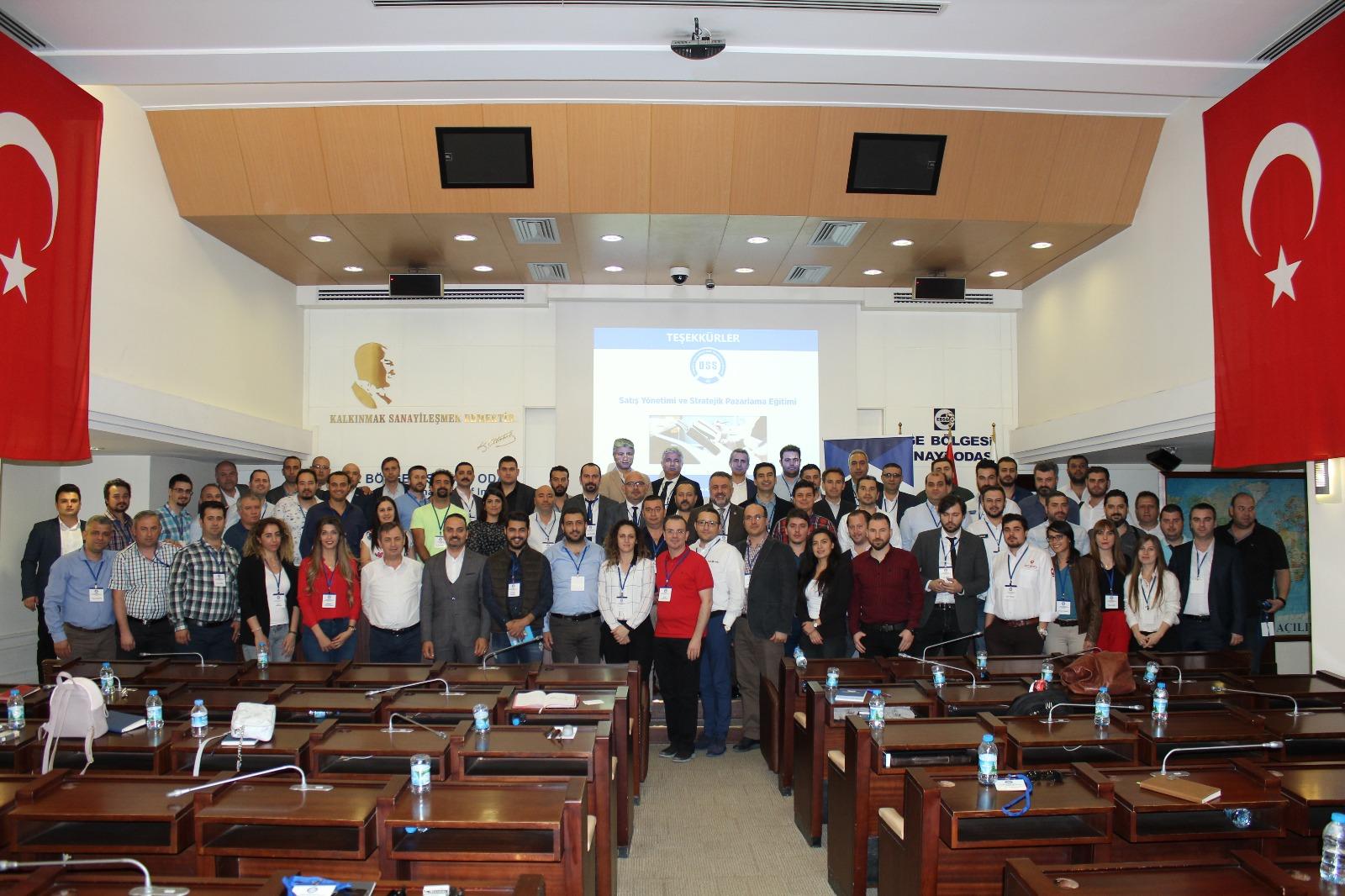 OSS, İzmir'li Üyeleriyle II.Satış Pazarlama  Eğitimi'nde Buluştu