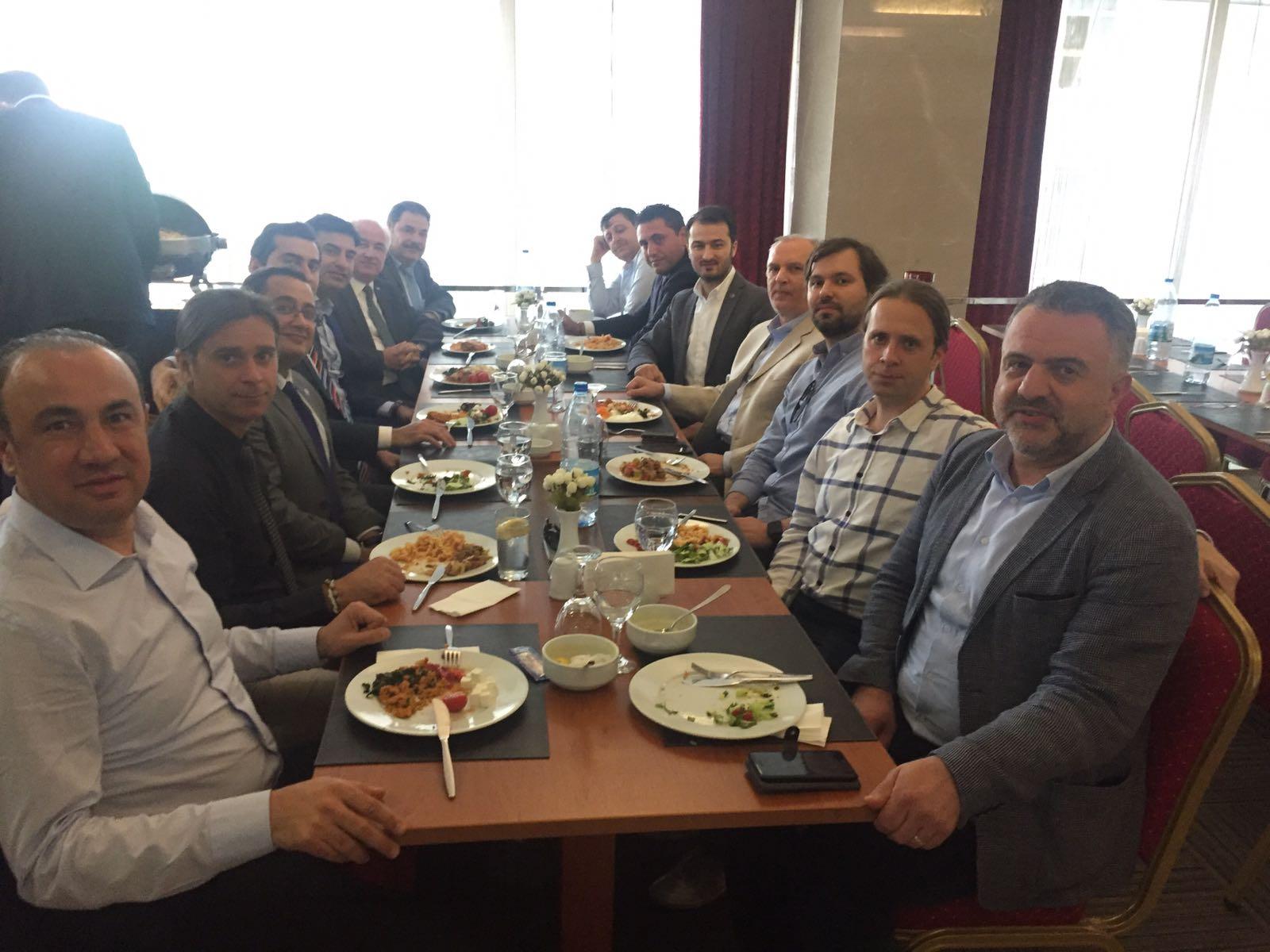 OSS Yönetim Kurulu İzmirli Üyeleri ile Buluştu
